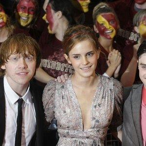 """""""Hario Poterio"""" žvaigždė mėto pėdsakus: žodžiai apie antrąją pusę užminė mįslę"""