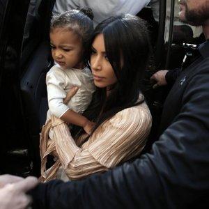 Kardashian pakrikštijo savo atžalas ypatingoje vietoje: joje lankėsi prieš 4 metus