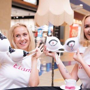 Garsios moterys dekoravo liemenėles: siunčia svarbią žinutę
