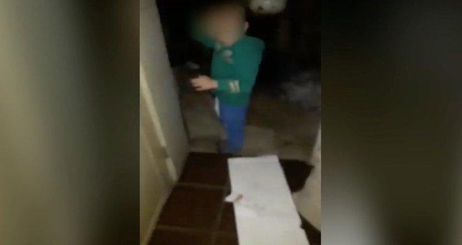 Globėjos baudė vaikus