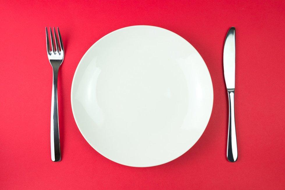 Tuščia lėkštė (nuotr. Fotolia.com)