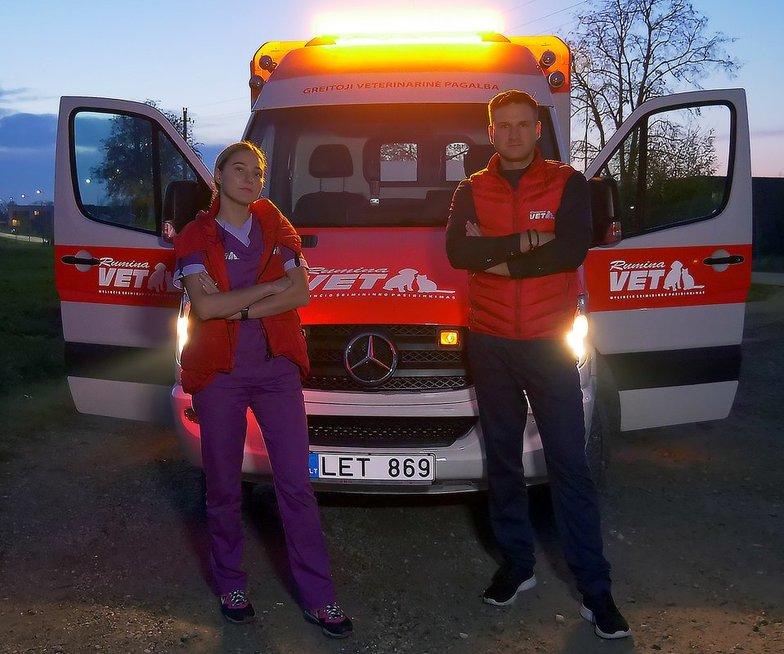 Pirmasis greitosios veterinarinės pagalbos automobilis išriedėjo į Kauno gatves