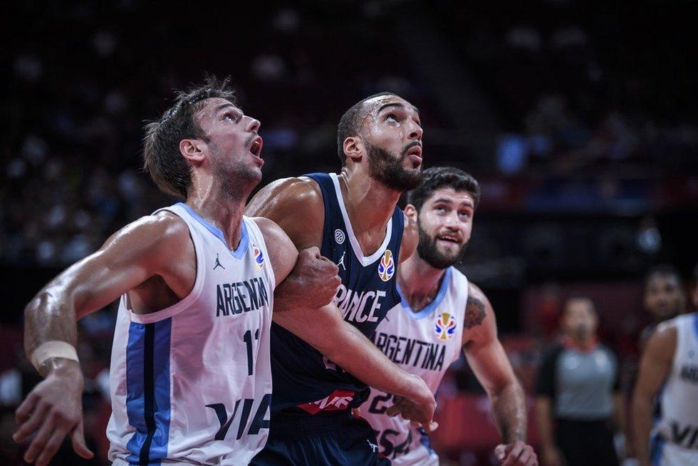 Rungtynių Argentina-Prancūzija akimirka (nuotr. FIBA)