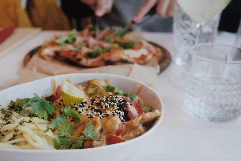 Maistas populiarioje kavinėje sužavėjo: viskas pasikeitė pamačius padavėjas