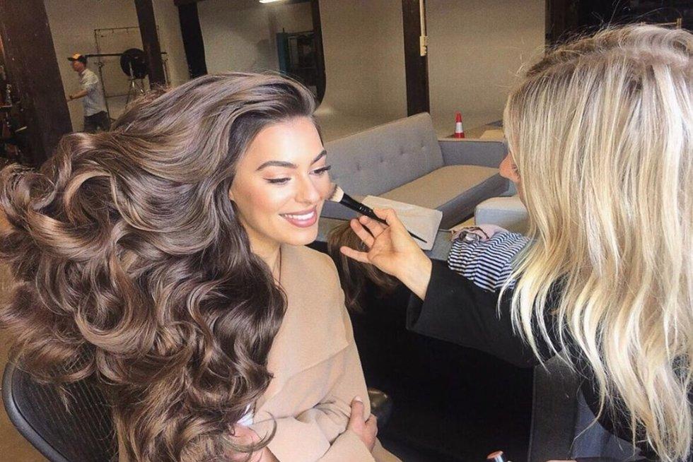 Plaukų šampūno reklama (nuotr. Instagram)