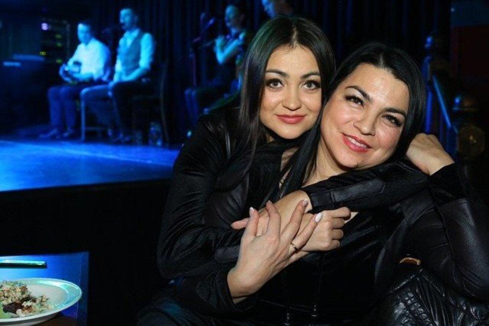 Giulija su dukra