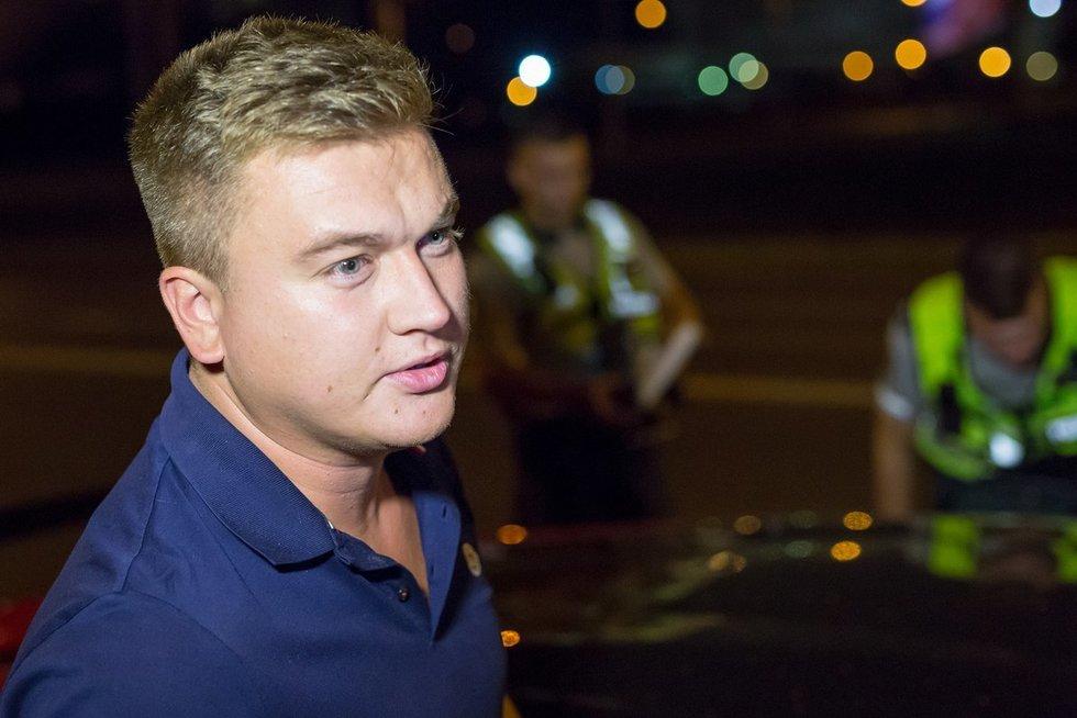 Paulius Aršauskas sučiuptas vairuojantis Žirmūnuose, Kareivių gatvėje (nuotr. Broniaus Jablonsko)