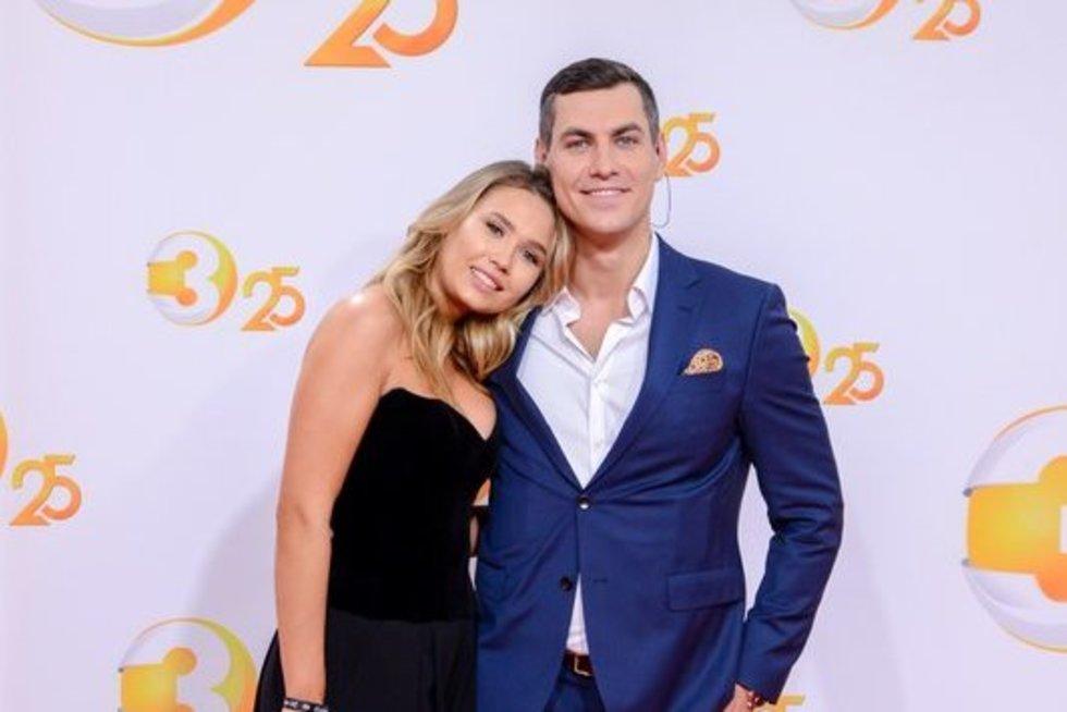TV3 naujojo sezono atidaryme raudonuoju kilimu žengė išsipusčiusios žvaigždės (nuotr. fotodiena/Justino Auškelio)
