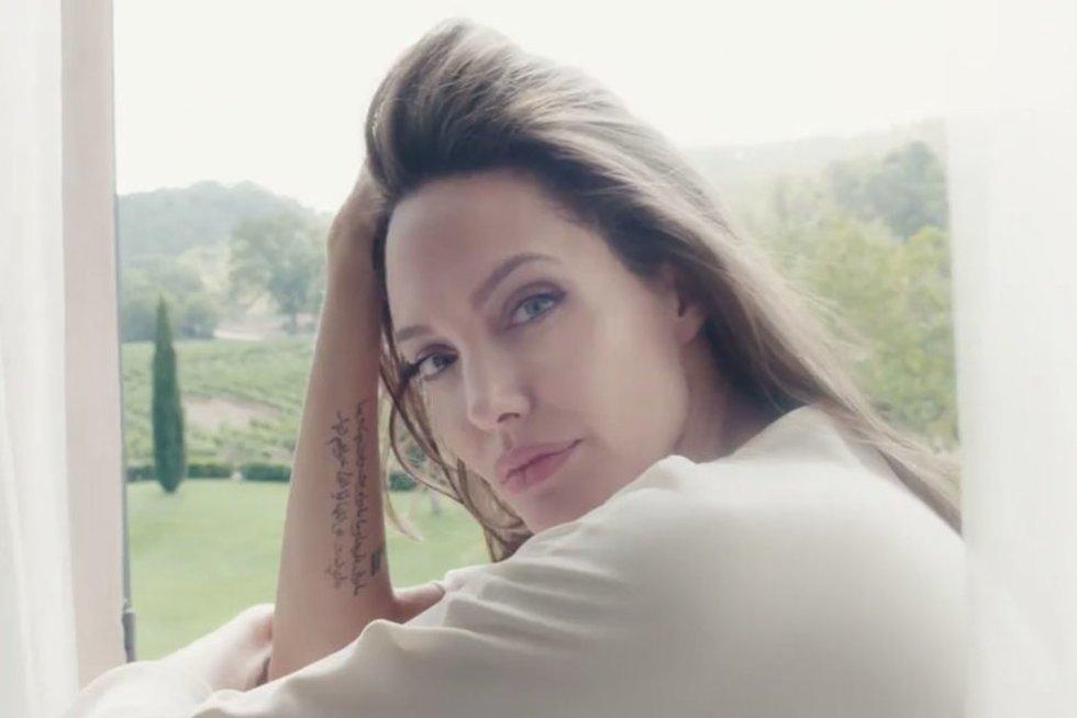 Angelina Jolie parodė tikrąjį veidą: tai gražiausia pasaulio moteris (nuotr. Vida Press)