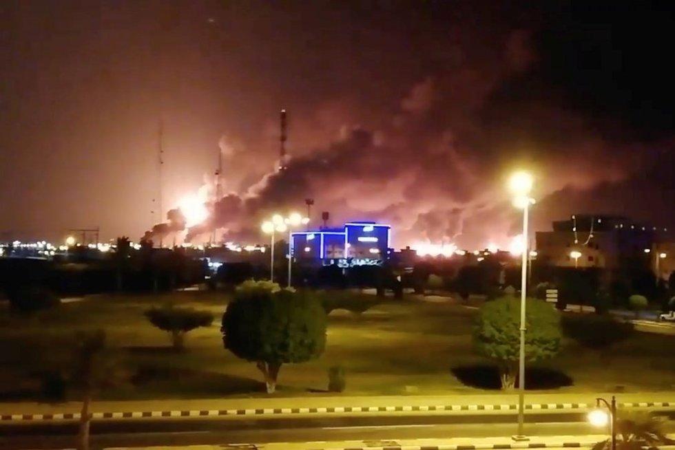 Netikėtas išpuolis: Saudo Arabijai suduotas smūgis dronais (nuotr. SCANPIX)