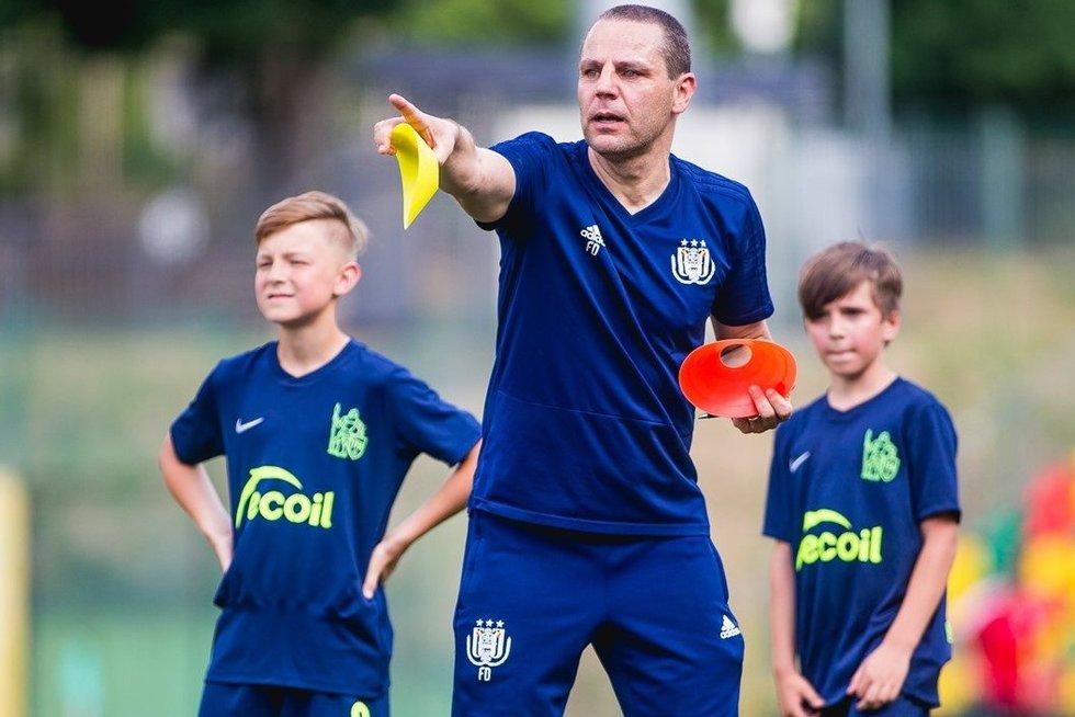 Pirmieji belgų trenerių užsiėmimai (nuotr. LFF.lt)