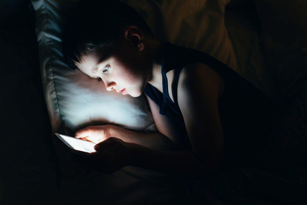 Vaikai žaidimams telefone išleidžia šimtus? Jūs ne vieninteliai – tai tampa rimta problema (nuotr. 123rf.com)
