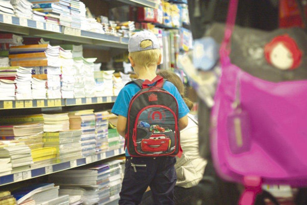 Ko pirmokui prireiks mokykloje? (Sauliaus Tamaševičiaus nuotr.) (nuotr. Balsas.lt)