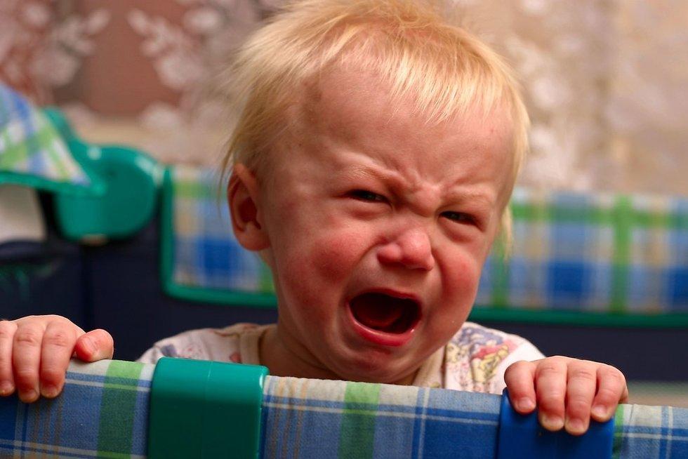 Verkiantis vaikas (nuotr. 123rf.com)