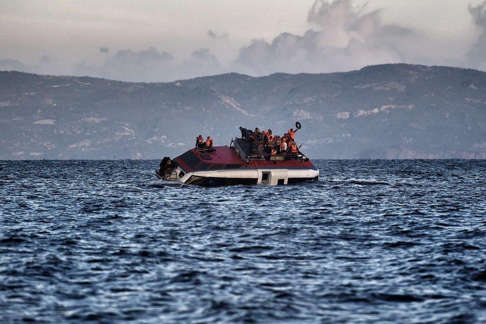 Egėjo jūroje nuskendus dviem migrantų laivams žuvo 22 žmonės  (nuotr. SCANPIX)