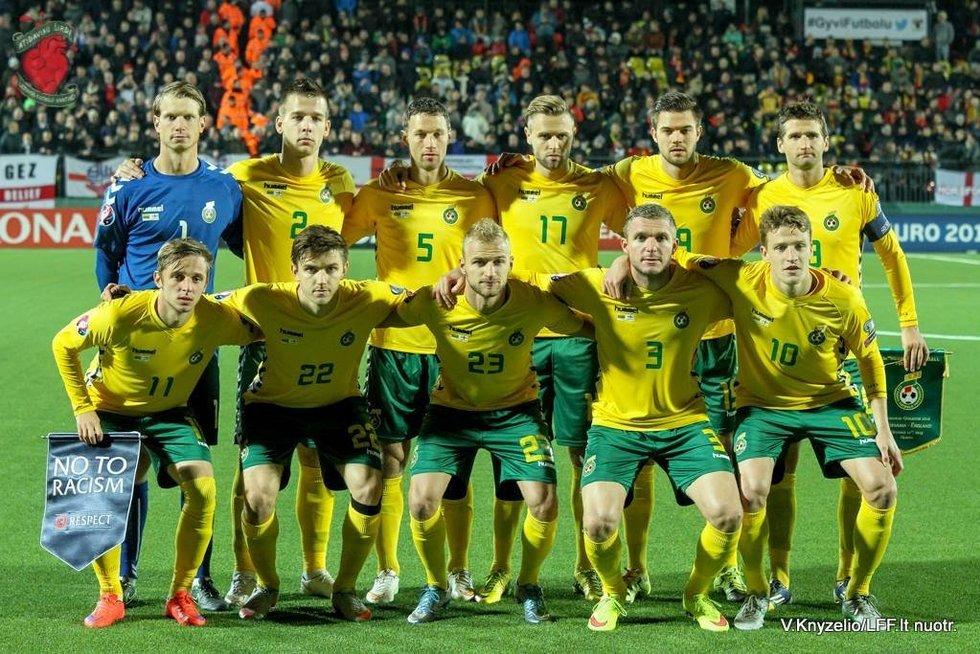Lietuvos futbolo rinktinė (nuotr. LFF.lt/Valdo Knyzelio)