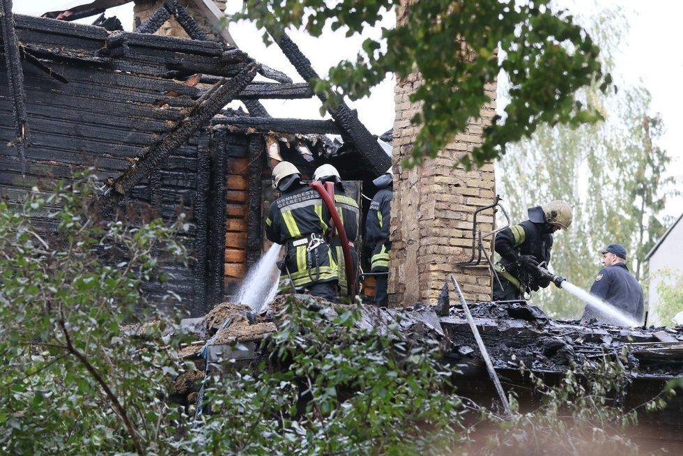 Per gaisrą Vilniuje žuvo žmogus (nuotr. Broniaus Jablonsko)