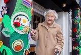 104 metų senolė – vyriausia gatvės menininkė