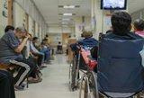 Sistemos spraga: mažai uždirbantiems liga kerta per pensiją
