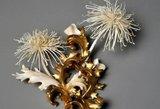 Nepatikėsite – tai ne popierinės gėlės, o gležni kūriniai iš kaulo