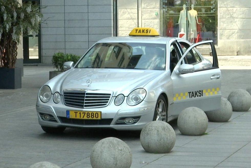 Taksi paslaugos (stopkadras)