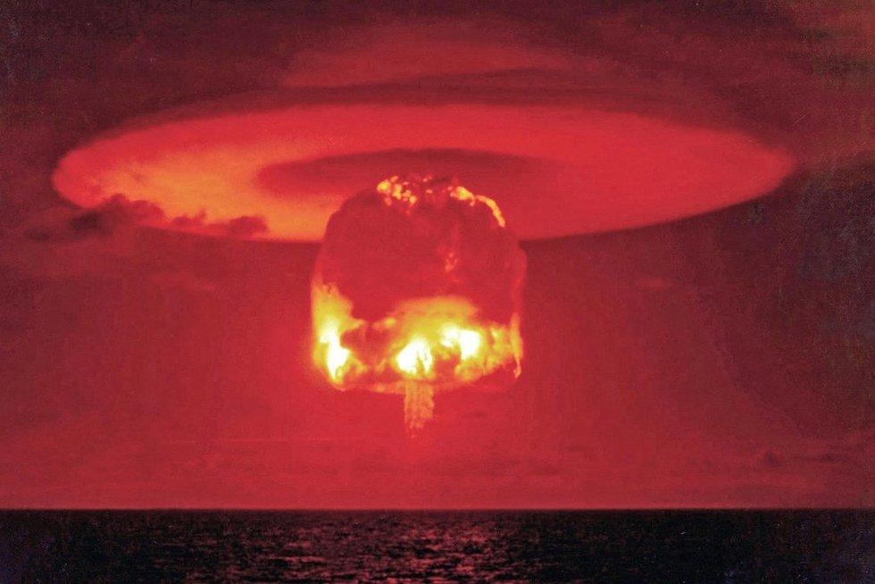 Pragaro vartai: branduolinių bombų bandymai (nuotr. Vida Press)
