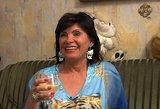Sužinojusi apie filmuojamą laidą savo namuose Raisa Šarkienė suskubo keisti baldus