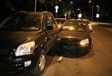 Vilniuje girtas pensininkas apdaužė keturis automobilius