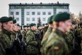 Mokyklose būtinas savanoriškas karinis parengimas?