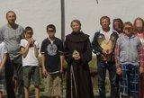 Vaikams džiaugsmą padovanojusi vienuolė: augu kartu su jais