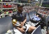 """Leonardas žaisti """"Lakers"""" nenori, bet į Los Andželą nespjauna"""