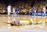"""NBA Vakarų konferencijos finale """"Warriors"""" išsiveržė į priekį"""