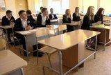 Ministras palaiko mokslo metų ilginimą, tačiau mokytojai abejoja