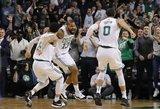 NBA naktis: pergalingas metimas, tritaškių liūtis ir žingsniai iki trigubų dublių