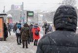 Lietuva sulaukė sniego: perspėja visus vairuotojus