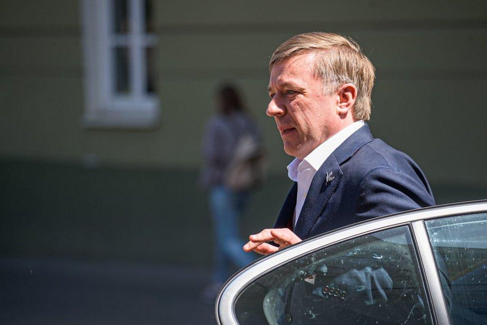 Ramūnas Karbauskis atvyksta susitikti su Gitanu Nausėda