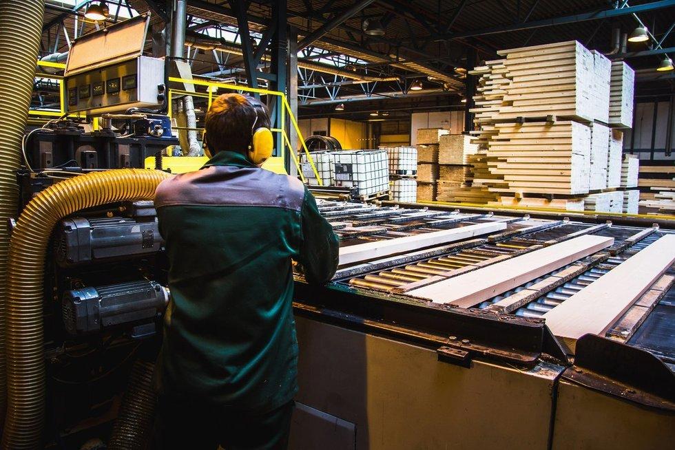 Medienos ir baldų pramonė (nuotr. Fotolia.com)