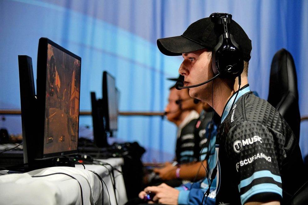 Kaip tapti kompiuterinių žaidimų profesionalu ir kiek galima iš to uždirbti (nuotr. SCANPIX)