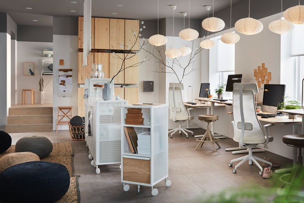 5 būdai nuobodų biurą paversti antraisiais namais