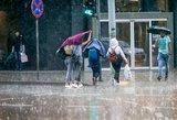 Apsirūpinkite skėčiais: artimiausias dienas lydės lietus