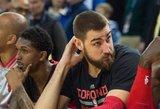 Jonas Valančiūnas NBA lygos mače Toronte į varžovų krepšį įmetė penkiolika taškų