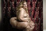 Didelės ir gražios: fotografo portretuose – erotiški nutukusių moterų aktai