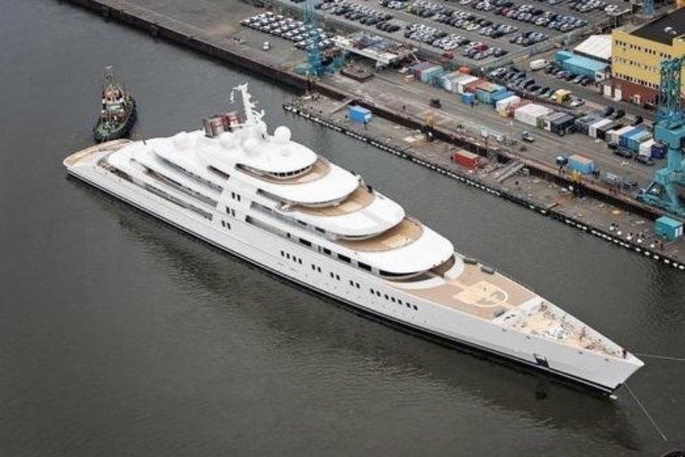Didžiausia pasaulyje jachta (nuotr. Klauso Jordano)