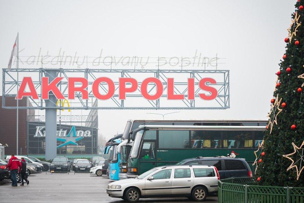 """Vilniaus Akropolio prekybos centre vyksta """"Jamam"""" išpardavimo akcija (nuotr. Fotodiena.lt)"""