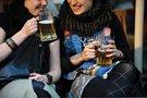 Geria alkoholį (nuotr. Fotodiena.lt)