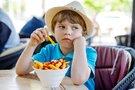 Stebėkite, ką valgote: vien pusfabrikačius valgęs paauglys apako ir apkurto (nuotr. 123rf.com)
