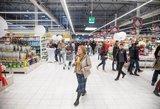 Parduotuvių darbas per šventes ne juokais supykdė – ruošia naują draudimą