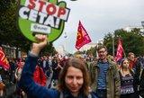 Naujas smūgis: Vokietijoje protestuoja tūkstančiai demonstrantų