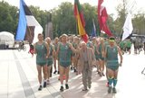 Vieni ratuoti, kiti bėgte: lietuviai su kaimynais švenčia laisvę