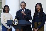Obamos dukra užaugo: išleistuvių suknelė parodė gundančią figūrą